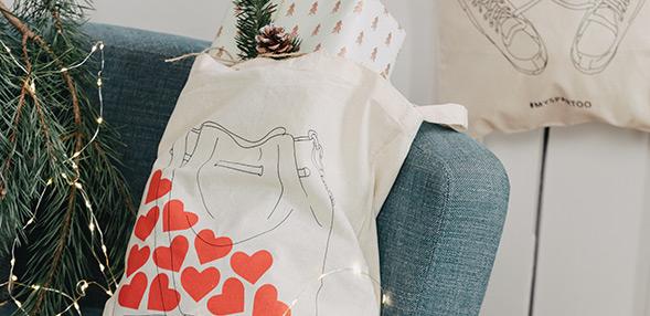 Collectionnez l'un de nos tote bags illustrés !
