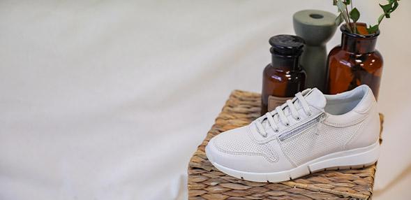 balatiaga chaussure nike femmepuma chaussures femmes bas marron
